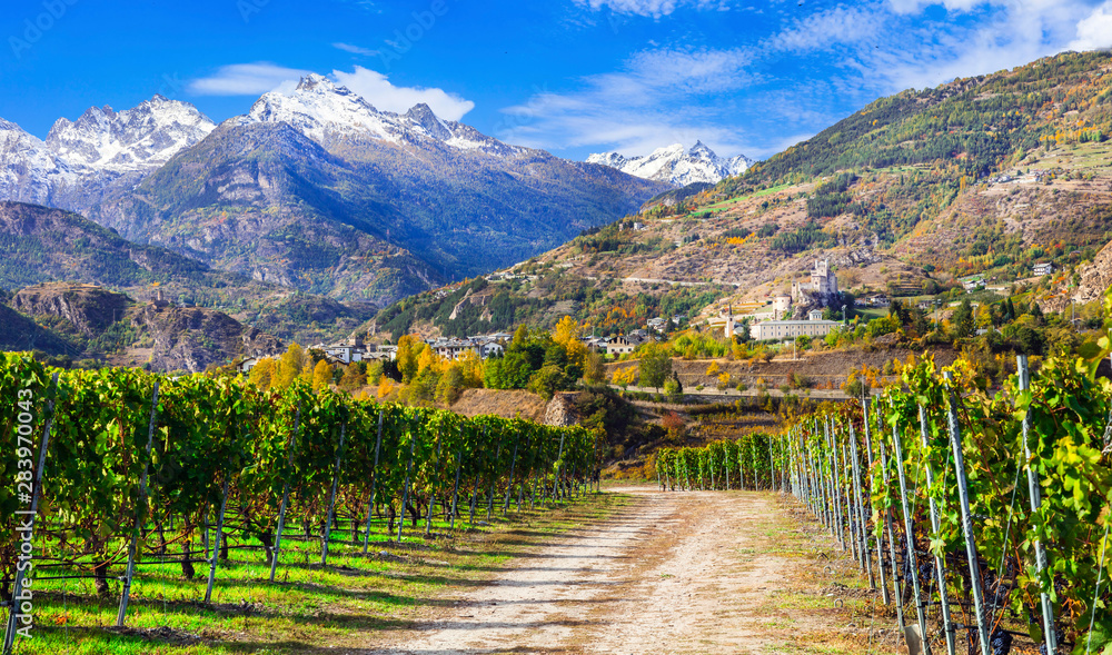 Fototapety, obrazy: Impressive Alps mountains, scenic valley of castles and vineyards - Aosta, northen Italy