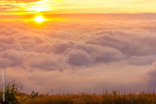 Spoed Fotobehang Oranje eclat Morning mist at Phu Tubberk, Thailand