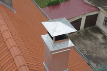 Metal Pipe Chimney With Cap