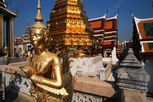 Thailand, Bangkok, Gold statue at grand palace Bangkok Canvas Print