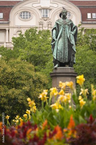Foto op Aluminium Historisch geb. HUNGARY, Budapest. Statue along the Vaci Utca.