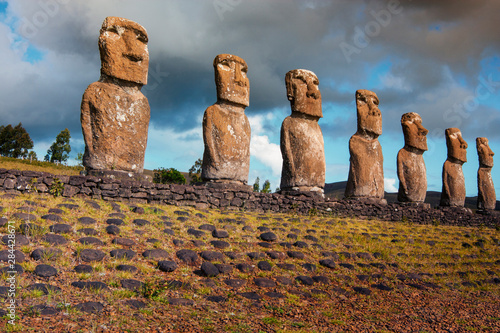 Deurstickers Historisch mon. Easter Island, Chile. A Row of Moai statues.