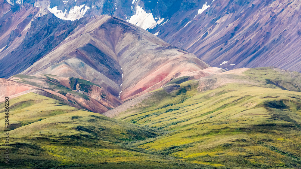 USA, Alaska, Denali National Park. Mountain and valley landscape. Credit as: Don Paulson / Jaynes Gallery / DanitaDelimont.com