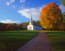USA, Massachusetts, Sudbury. View Of Martha-Mary Chapel Built In The Colonial Style By Henry Ford.