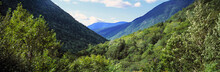 USA, New Hampshire, Crawford Notch. Crawford Notch Is In The White Mountains In New Hampshire.