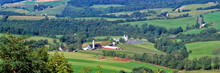 USA, West Virginia, Lewisburg Area. A Long, Lovely View Of The Green Farms In The Lewisburg Area Of West Virginia, Shows The Diversity Of Uses In This Area.