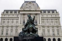 Monument To Juana Azurduy In F...
