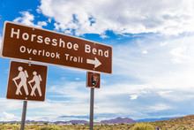 Horseshoe Bend Sign Pointing To Overlook Trail