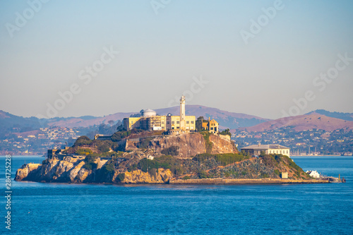 Photo Alcatraz Prison Island in San Francisco Bay, offshore from San Francisco, California, a small island with military fortification and federal prison, now a famous national historical landmark