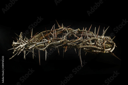 Foto Crown of Thorns Over Dark Background