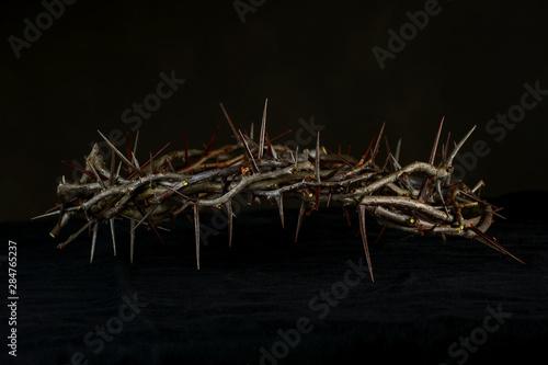 Fotografía Crown of Thorns Over Dark Background