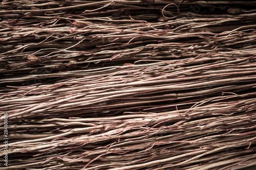Montage in der Fensternische Brennholz-textur Straw broom texture