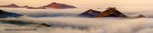 Fotografía Lanzarote volcanic landscape shrouded in morning mists