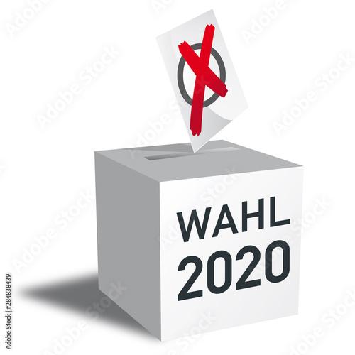 Photo Wahl 2020 Wahlurne und Stimmzettel