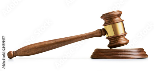 Photographie wooden gavel on white background