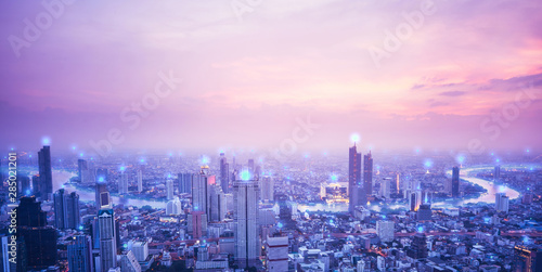 Obrazy architektura  digital-network-connection-technology-concept-bangkok-city-at-sunset