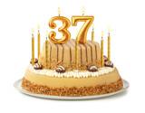 Festliche Torte mit goldenen Kerzen - Nummer 37 - 285027201