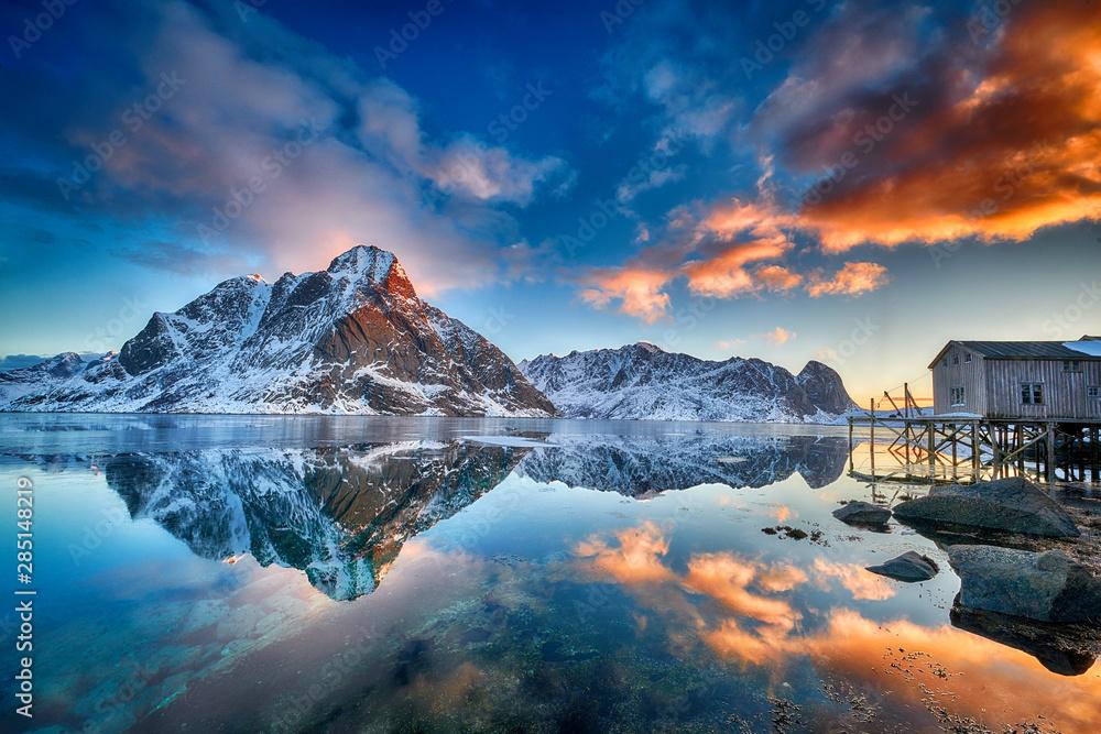 Fototapety, obrazy: Beautiful sunrise in Norway - lofotens