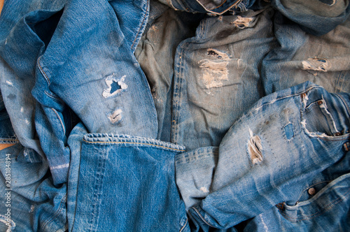 Old jeans vintage levis Big E blue abstract background Tableau sur Toile