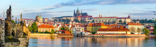 Photo  Prague panorama with Charles Bridge and Prague Castle at background, Czech Repub