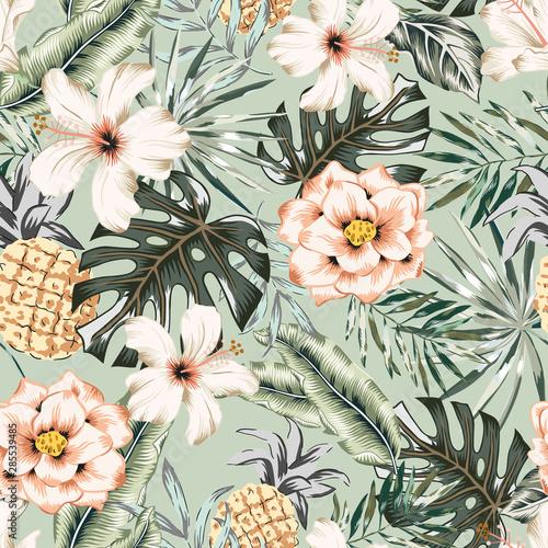 ananasy-i-bale-kwiaty-na-mietowym-tle