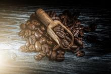 Roasted Coffee Seeds In Scoop ...