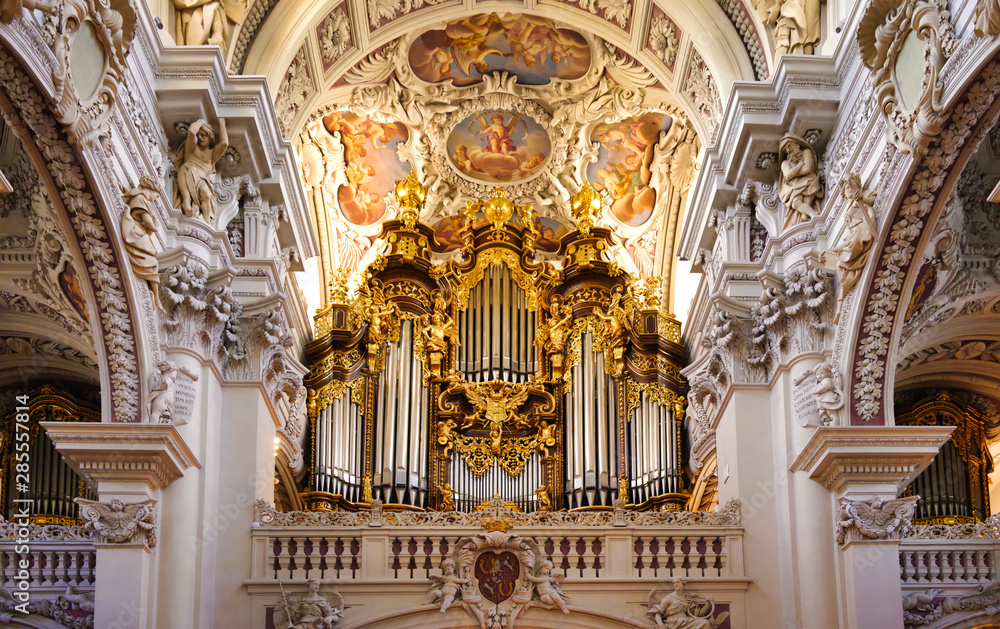 Fototapety, obrazy: Pipe Organ in the St. Stephan's Cathedral, Passau, Bavaria, Germany