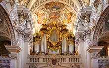 Pipe Organ In The St. Stephan'...