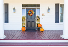 Fall Decoration Adorns Beautif...