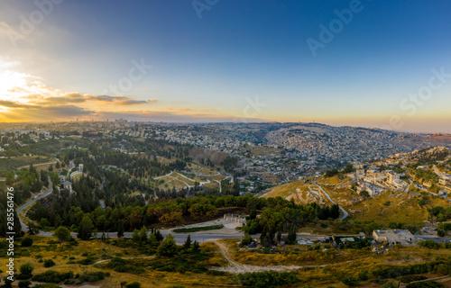 Fotografía Aerial sunset view of Jerusalem Israel