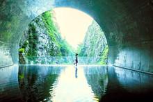 清津峡トンネルパノラ...