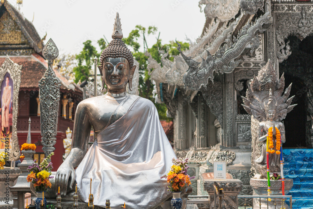 Fototapeta Wat Sri Suphan Temple, known as the Silver Temple, in Chiang Mai. Was built and decorated by silver handicraftsmen in 12 years.