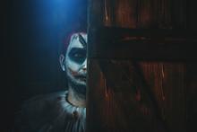 Joker Bahind Door