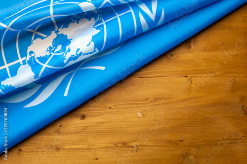 Fotografía  Close-up of the UN blue flag