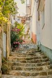 Fototapeta Na drzwi - narrow street in old town