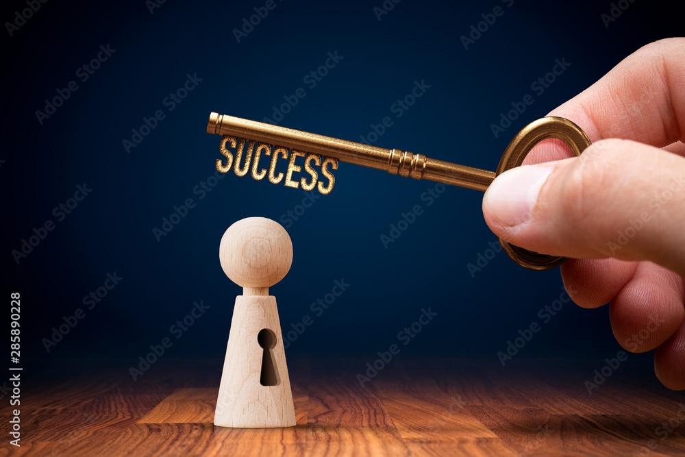 Fototapeta Coach has a key to success - motivation concept