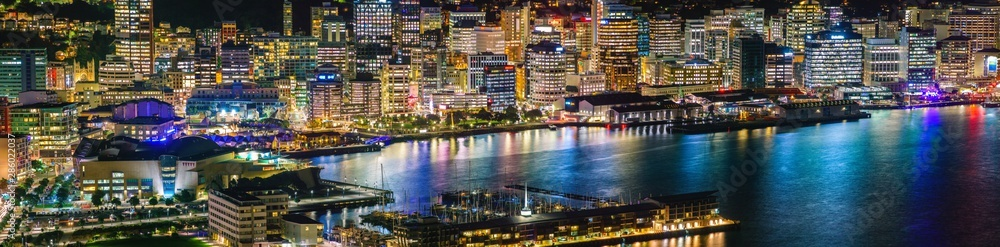 Fototapety, obrazy: Evening view of Wellington city and harbour from Mount Victoria.