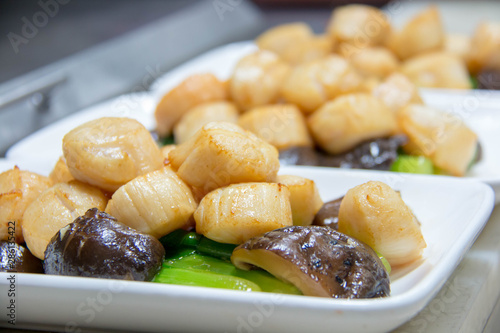 Photo  scallop cooking with vegetables and mushroom