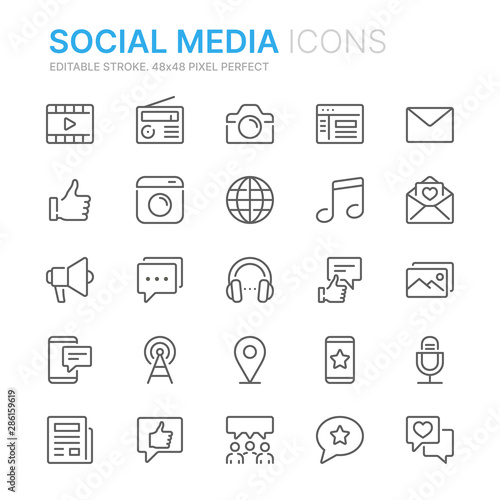 Stampa su Tela Collection of social media related line icons