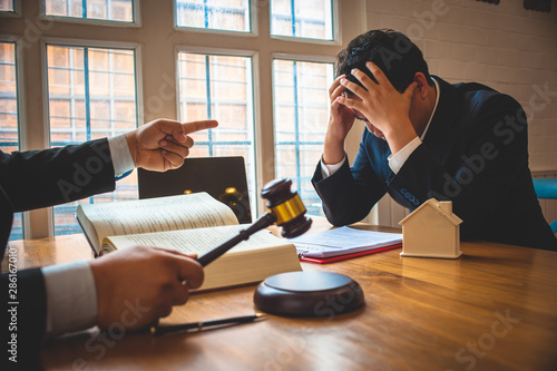 Fotografía Businessman feels stressed when filed for bankruptcy, bankruptcy and execution concept