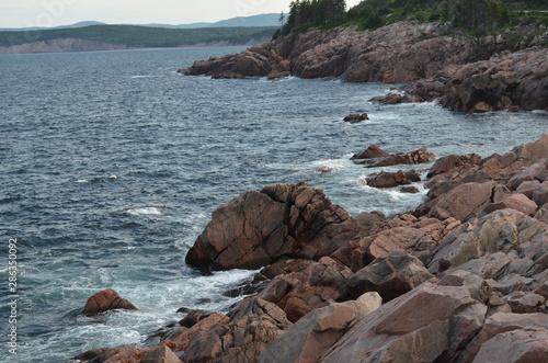 Canvas Print Summer in Nova Scotia: Cape Breton Island Rocky Coastline Near Ingonish