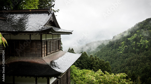 Stampa su Tela  Buddhist temple in Shikoku