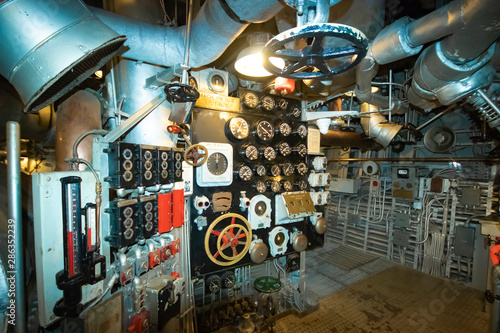 Foto op Plexiglas Schip In the engine room on the battleship USS North Carolina, currently moored along the Cape Fear River in Wilmington, NC.