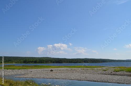Fényképezés Summer in Nova Scotia: Catalone Lake near Bateston on Cape Breton Island