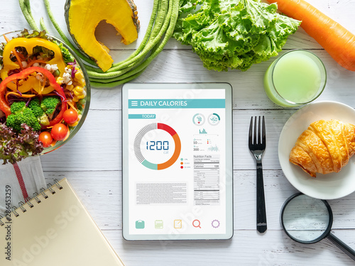 Cuadros en Lienzo Calories counting , diet , food control and weight loss concept