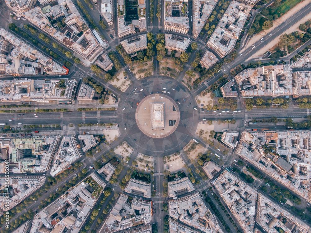 Fototapeta Aerial of the Arc de Triomphe in Paris, France