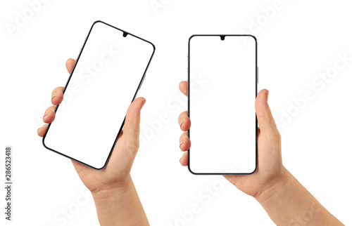 Photo Woman hand holding the black smartphone with blank screen