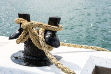 Close View Of A Rope Knotted T...