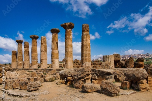 Photo Valley of Temples in Agrigento Sicily in Italy.