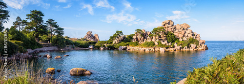 Panoramic view of the Pors Rolland creek on the Pink Granite Coast in northern Brittany, France, an idyllic rocky beach in the pink granite blockfield of Ploumanac'h Fototapeta